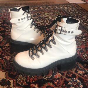 Czech Platform Boots in White
